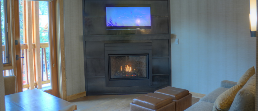 230_Superior_One_Bedroom_King_Suite_fireplace (1).jpg